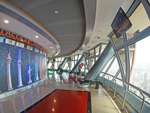 Kinh nghiệm tham quan tháp Merana KL, Đài quan sát Observation Deck