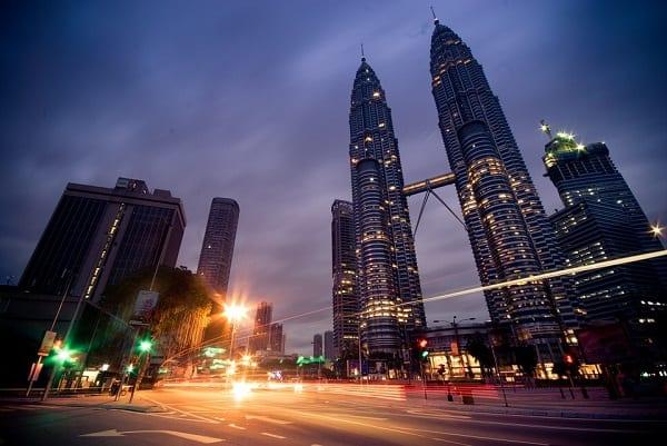 Đi đâu, chơi gì ở tháp Petronas Kuala Lumpur