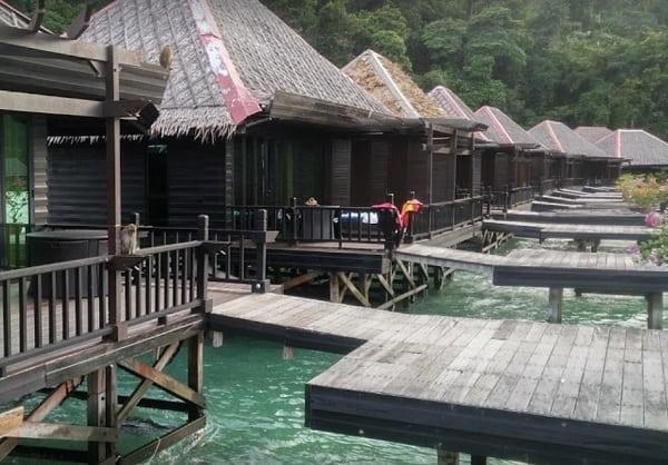 Khách sạn ở Sabah Malaysia. Khách sạn Gayana Marine Resort