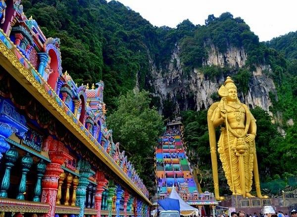 Nên đi đâu khi du lịch Malaysia, quần thể hang động Batu Caves