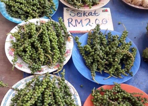 Địa điểm mua sắm ở Kuching Malaysia. Đến Kuching Malaysia nên mua sắm ở đâu? Chợ cuối tuần Satok