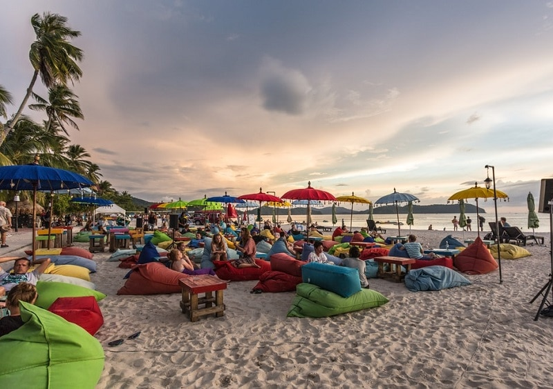 Du lịch Langkawi lần đầu nên đặt khách sạn ở đâu? Pantai Cenang