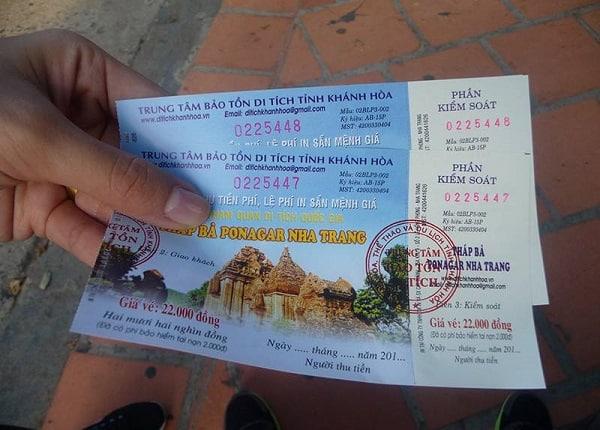 Giá vé tham quan Tháp Bà Ponagar Nha Trang: Kinh nghiệm du lịch Tháp Bà Ponagar