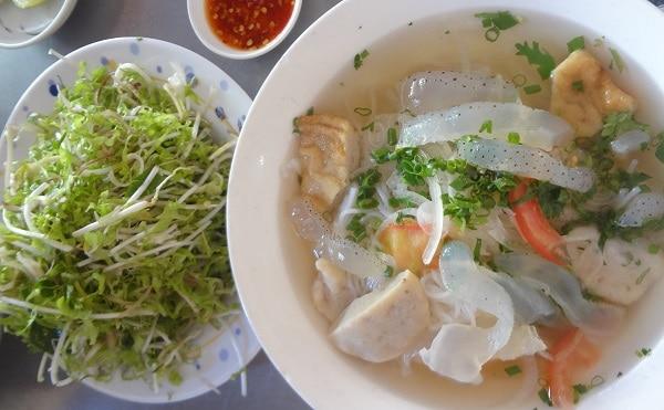 Món ăn đặc sản Nha Trang: Du lịch Nha Trang nên ăn gì?