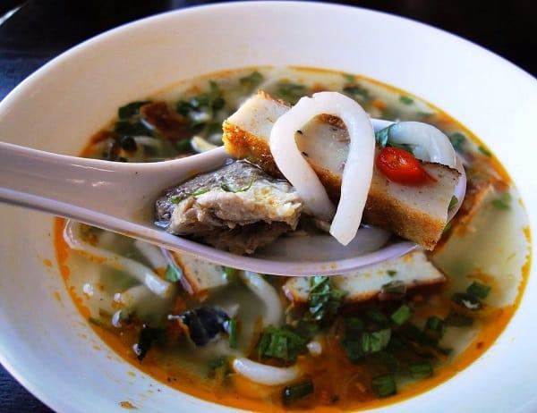 Món ăn đặc sản ở Nha Trang: Du lịch Nha Trang nên ăn gì?