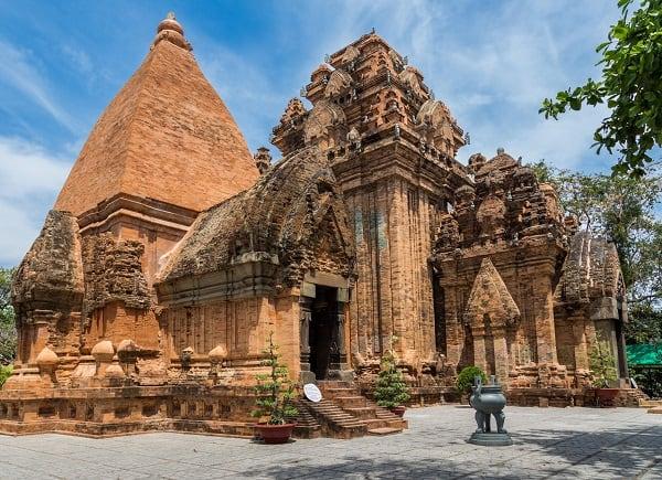 Địa điểm du lịch Nha Trang nổi tiếng: Nên đi đâu chơi ở Nha Trang?