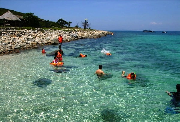 Địa điểm du lịch Nha Trang: Du lịch Nha Trang nên đi đâu chơi?