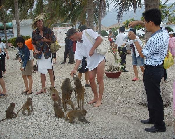 Địa điểm du lịch ở Nha Trang nổi tiếng: Du lịch Nha Trang nên đi đâu chơi?