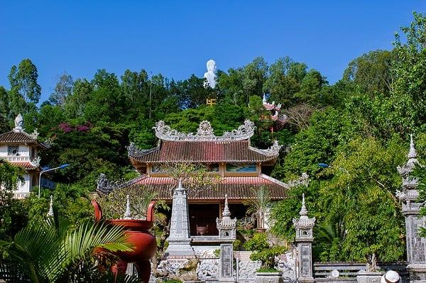 Địa điểm tham quan đẹp ở Nha Trang: Du lịch Nha Trang nên đi đâu chơi?