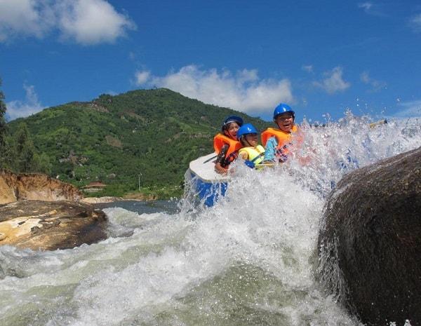 Du lịch Nha Trang đi đâu chơi? Địa điểm du lịch Nha Trang hấp dẫn