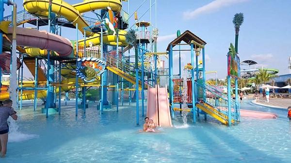 Công viên nước Phù Đổng/ địa điểm vui chơi giải trí ở Nha Trang