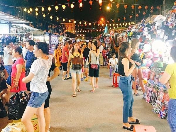 Kinh nghiệm đi chợ đêm Nha Trang