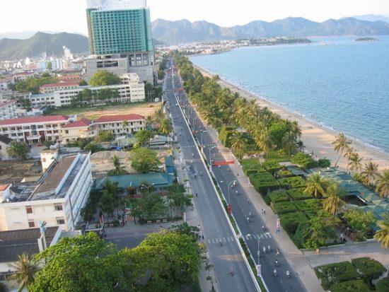 Có nên đi du lịch Nha Trang bằng xe máy hay không? Kinh nghiệm du lịch Nha Trang bằng xe máy