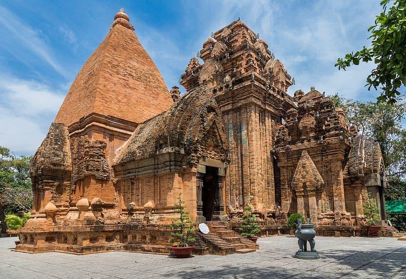 Gợi ý lịch trình du lịch Nha Trang-Phú Yên-Quy Nhơn thú vị. Hướng dẫn du lịch Nha Trang-Phú Yên-Quy Nhơn cụ thể lộ trình thích hợp