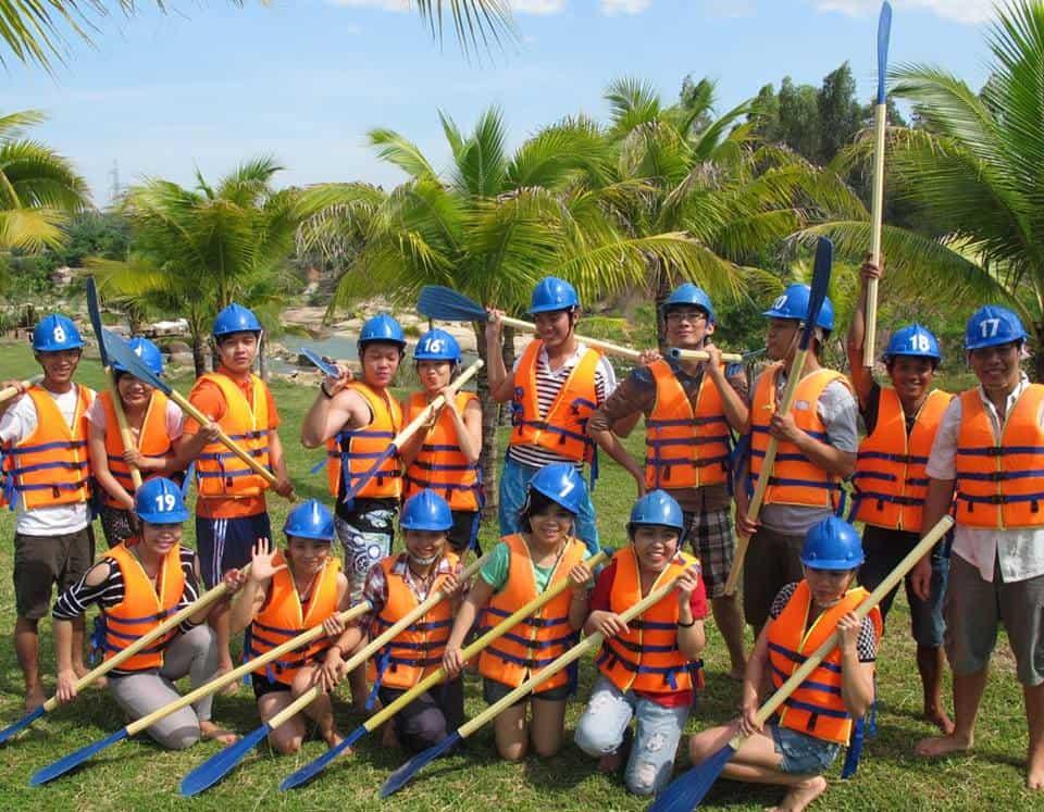 Kinh nghiệm du lịch suối Thạch Lâm Waterland Nha Trang cụ thể. Hướng dẫn, cẩm nang du lịch suối Thạch Lâm chi tiết đường đi, giá vé