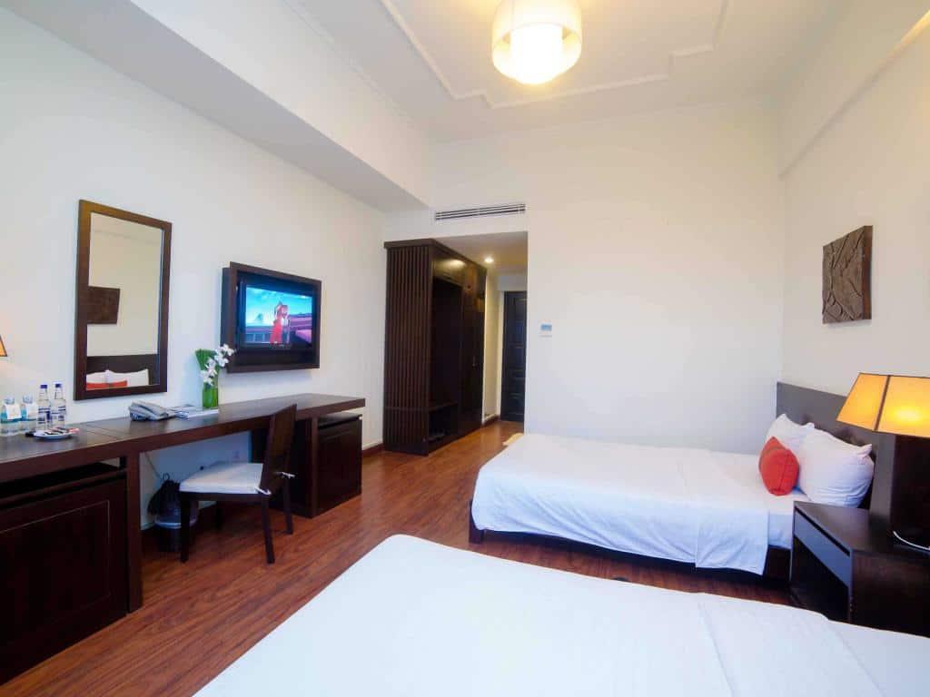 CỰC HOT Top khách sạn 4 sao tốt ở Nha Trang đường Trần Phú. Nên thuê khách sạn 4 sao ở Nha Trang trên đường Trần Phú nào tốt, đẹp?