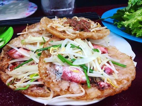 Quán Nem 52 - Địa chỉ ăn bánh xèo mực ngon ở Nha Trang