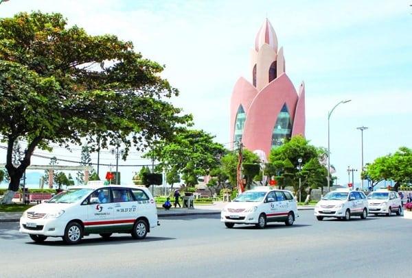 Đi lại, ăn uống và nghỉ ngơi tại Nha Trang