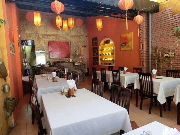 Nhà hàng Lanterns Việt Nam - Nhà hàng phục vụ món ăn truyền thống ở Nha Trang