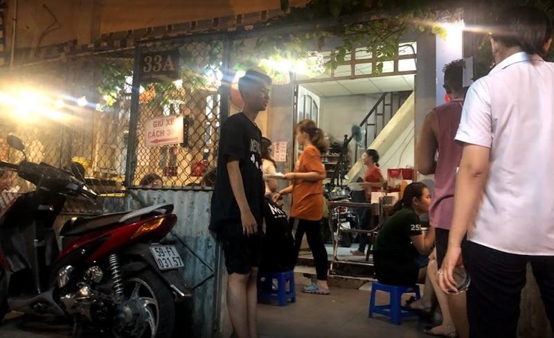 Ăn gì ở quận 1 Sài Gòn? Ăn vặt quận 1. Cá viên chiên Lương Hữu Khánh quận 1