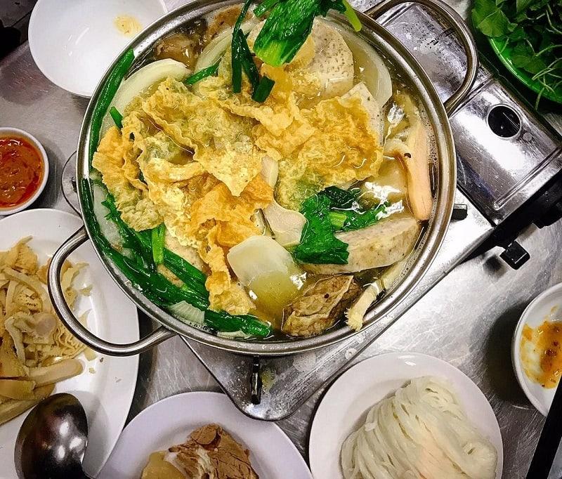 Các quán lẩu ngon Sài Gòn nổi tiếng, đông khách, nước dùng ĐỈNH. Nên ăn lẩu ở đâu Sài Gòn. Địa chỉ lẩu Sài Gòn ngon, nổ, rẻ, nên thử