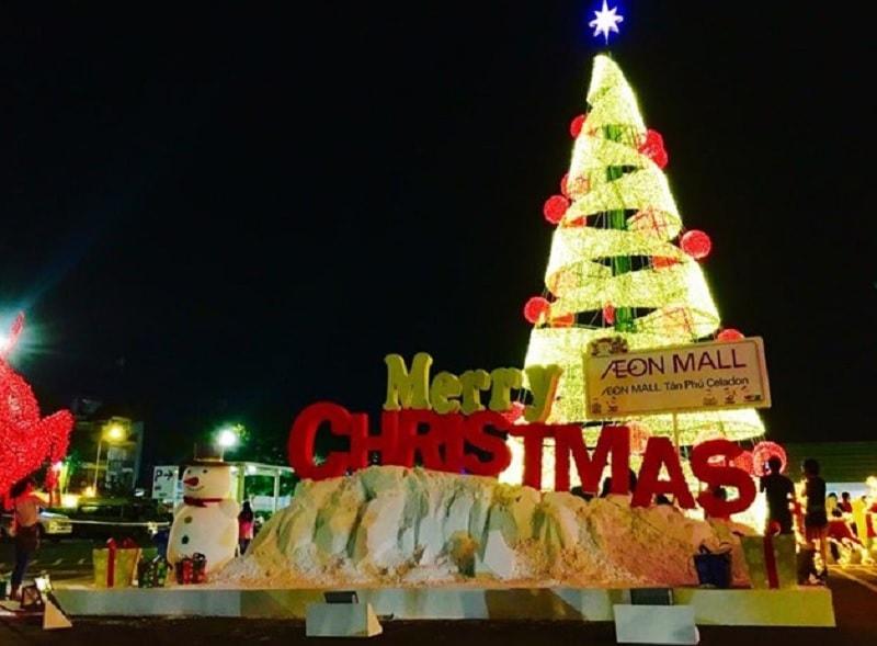 Địa điểm đón giáng sinh ở Sài Gòn. Trung tâm thương mại Aeon mall Tân Phú. Giáng sinh ở Sài Gòn