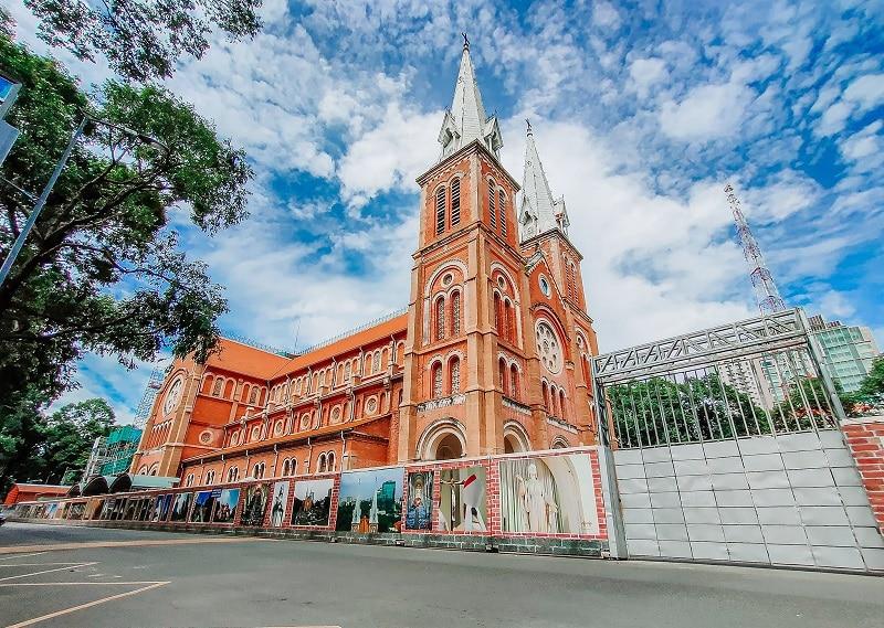 Kiến trúc nhà thờ Đức Bà Sài Gòn