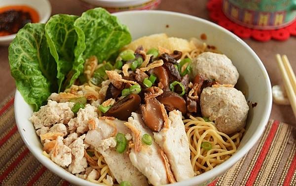 Bak Chor Mee - món mỳ thịt heo băm nổi tiếng nhất Singapore