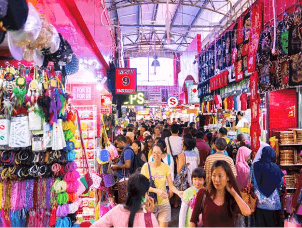 Địa chỉ mua đồ lưu niệm Singapore, phố Bugis Street là nơi bán đồ lưu niệm lớn nhất