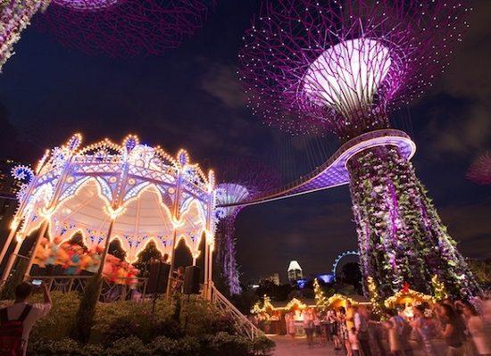 Lễ giáng sinh ở Singapore. Du lịch Singapore vào dịp Noel nên đi đâu? Tham quan Gardens by the Bay Singapore