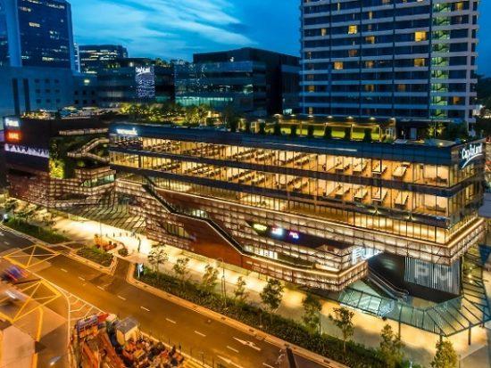 Địa điểm mua đồ điện tử ở Singapore. Trung tâm thương mại Funan DigitalLife