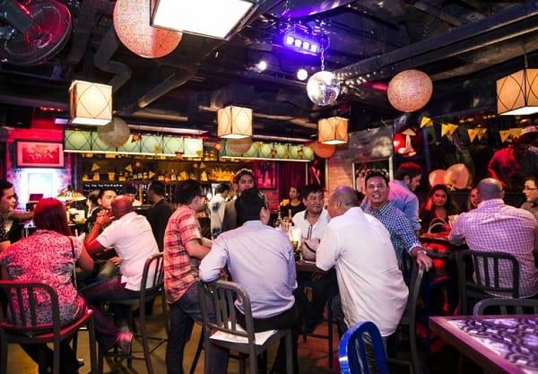 Làm gì ở Singapore trong 1 ngày, thưởng thức đồ uống ở Little Saigon
