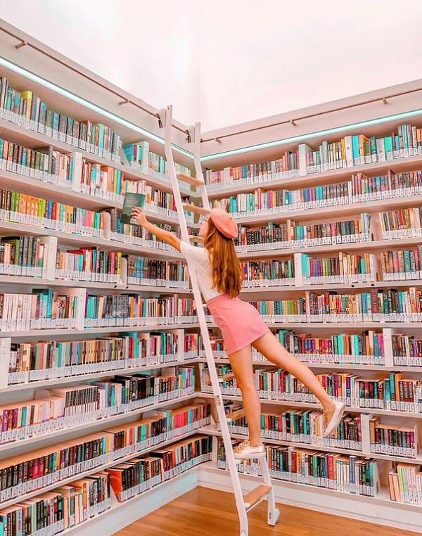 Địa điểm chụp hình đẹp ở Singapore, thư viện Orchard