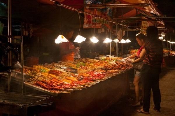 10 Món ăn đường phố hấp dẫn ở Hua hin Thái Lan