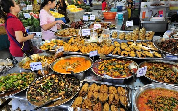 Khu ẩm thực đường phố Bangkok lâu đời nhất