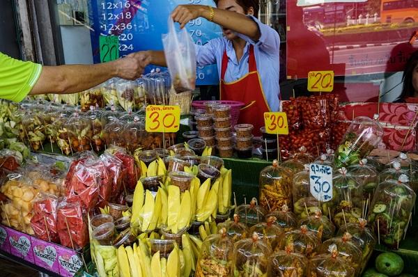 Khu ẩm thực đường phố Bangkok đông đúc nhất