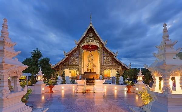 Kinh nghiệm du lịch Chiang Mai : chùa War Phra Singh