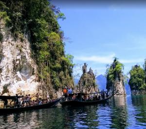 Kinh nghiệm đi công viên Khao Sok & gợi ý lộ trình từ Phuket. Hướng dẫn du lịch công viên Khao Sok tự túc, tiết kiệm ăn chơi thú vị