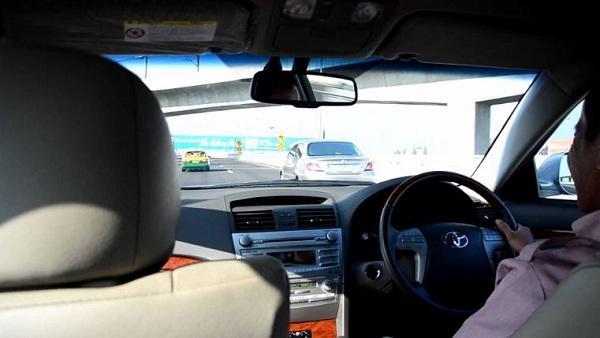 Hướng dẫn đi từ sân bay Suvarnabhumi về trung tâm Bangkok bằng taxi limousine