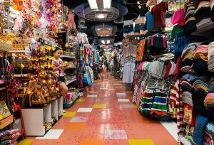 Mua áo phông ở khu chợ sỉ Thái Lan, hãy đến trung tâm thương mại MBK