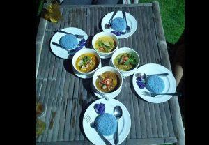 6 quán ăn tại Kanchanaburi ngon có tiếng kèm địa chỉ cụ thể. Quán Blue Rice Restaurant by Apple Noi