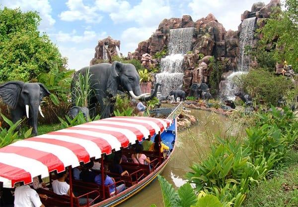 Africa Adventure trong khu Family World tại công viên Siam Park City, Bangkok