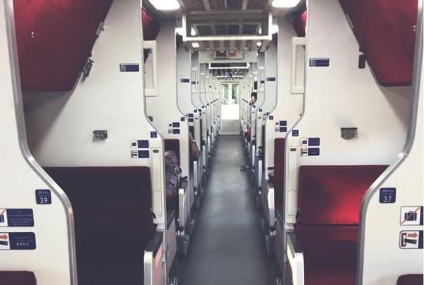 Đặt vé tàu hỏa từ Bangkok đến Chiang Mai sớm để có vé hạng A/C hạng 1