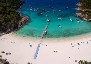 Đến du lịch Koh Racha Yai Phuket nên làm gì?