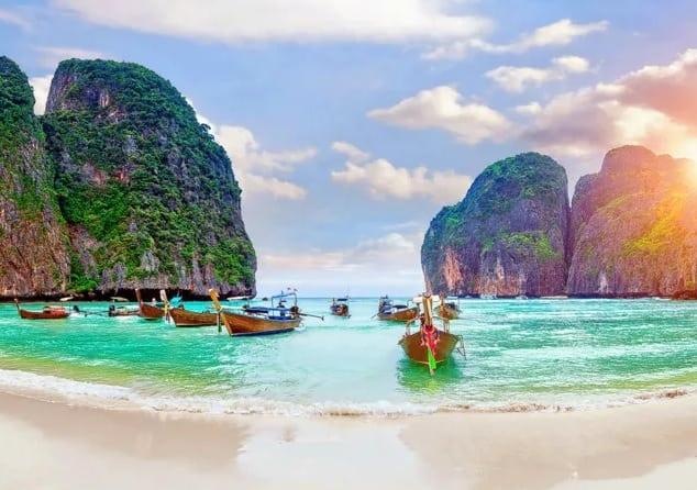 Koh Phi Phi Leh, hòn đảo đẹp ở Thái Lan