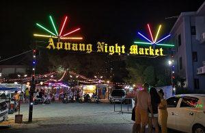 Khu chợ đêm Ao Nang ở Krabi là khu chợ rất nổi tiếng nơi đây