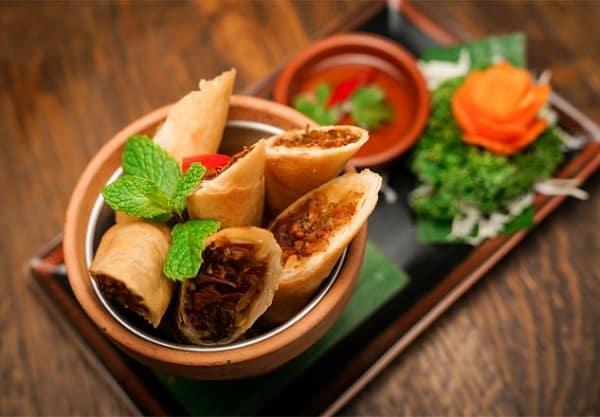Du lịch Phuket nên ăn gì ngon? Món Por Pia