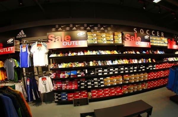 Mua sắm ở Bangkok Fashion Outlet, mua đồ thể thao ở: Supersports Outlet