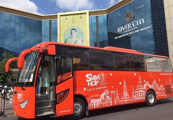 Tour Xe bus Hop On Hop Off của Siam Hop rất phổ biến ở Bangkok