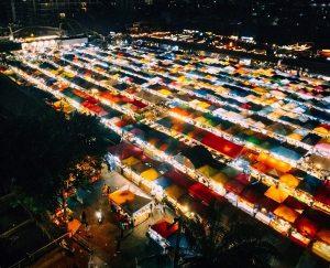 Chợ đêm đường ray Ratchada. Chợ đêm đường ray nổi tiếng ở Bangkok
